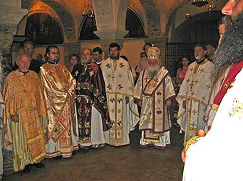 Литургија во базиликата на Свети Никола во Бари