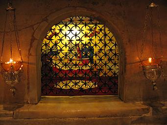 местото кадешто се чуваат моштите на свети Никола