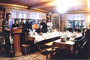 во епархискиот рехабилитациски центар за наркозависници во селото Сапорное